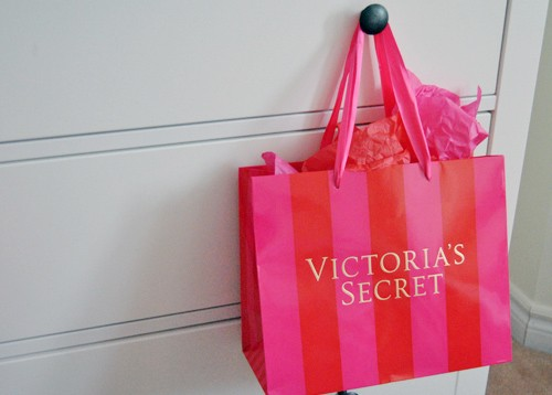 Victoria's secret scavenger hunt