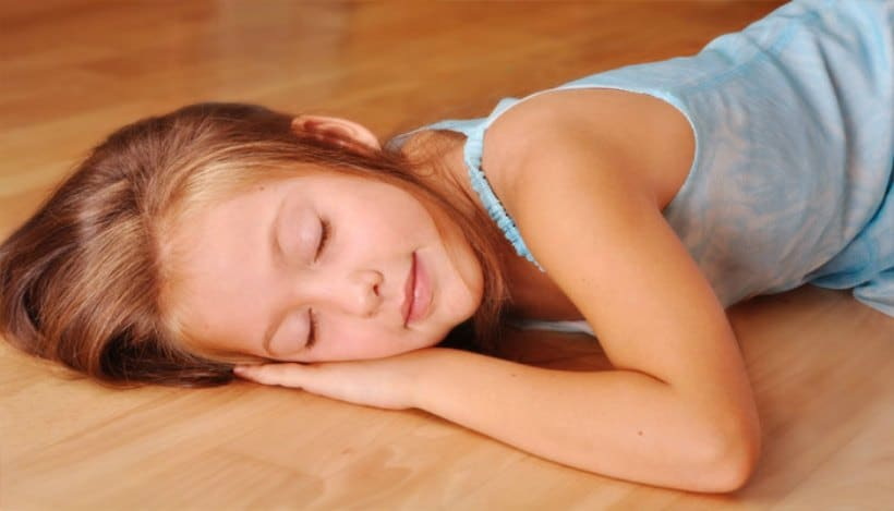 child-sleeping-on-the-floor-romantic-ideas-remodeling-bed-idea