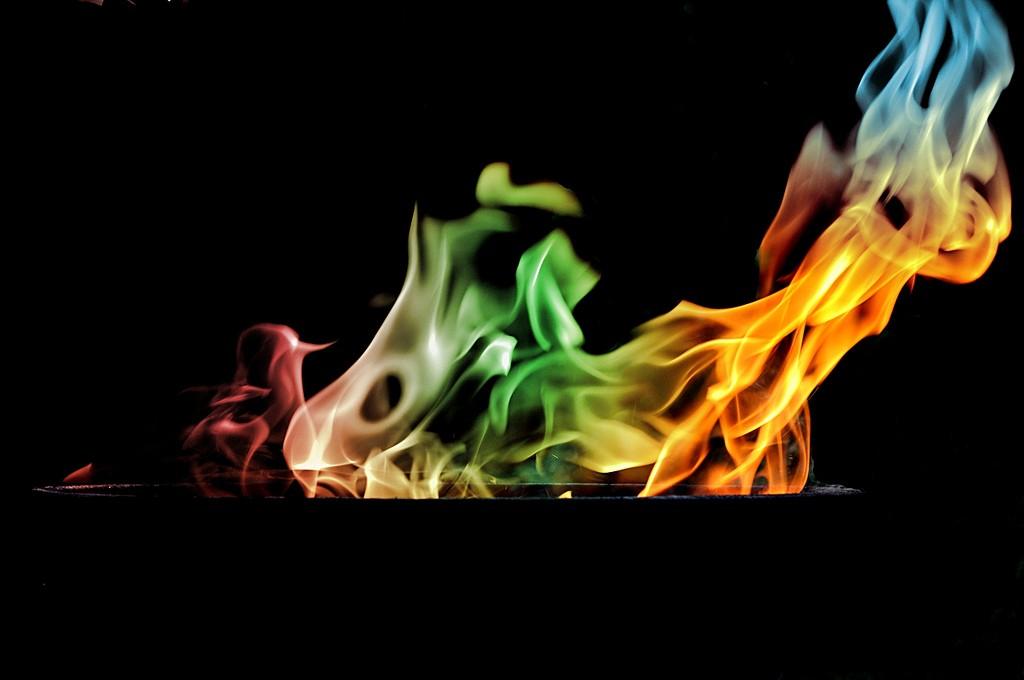 colored flames romantic ideas