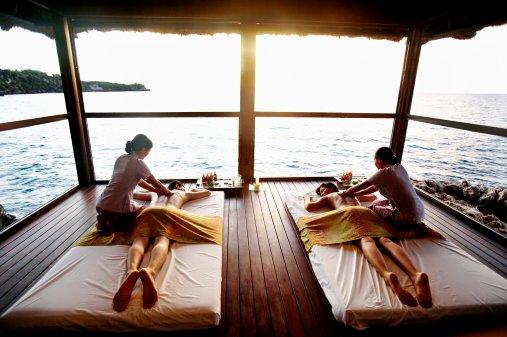 couples cruise massage