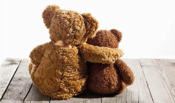 cuddling teddy bear cuouple romantic building anticipation ideas