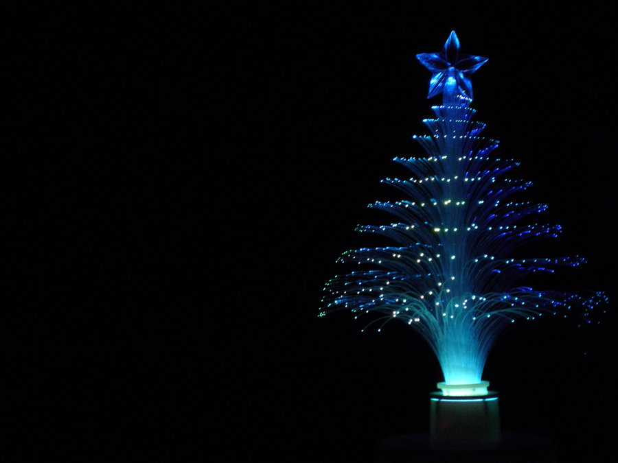 fiber-optics-christmas-tree-tradition