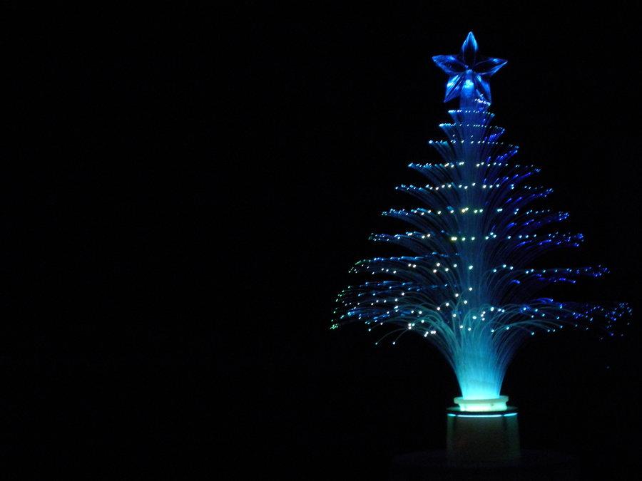 fiber-optics-christmas-tree-tradition