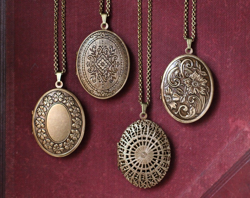 love remodeling locket