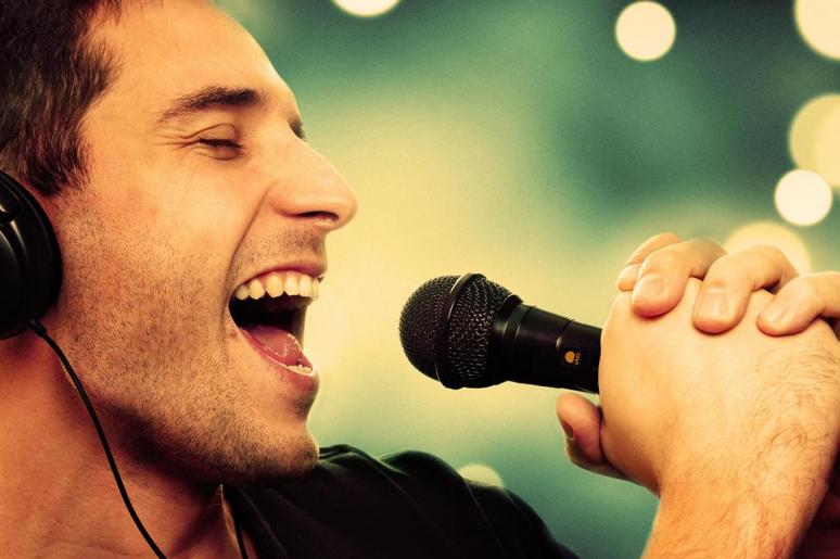 man singing valentines love song ideas