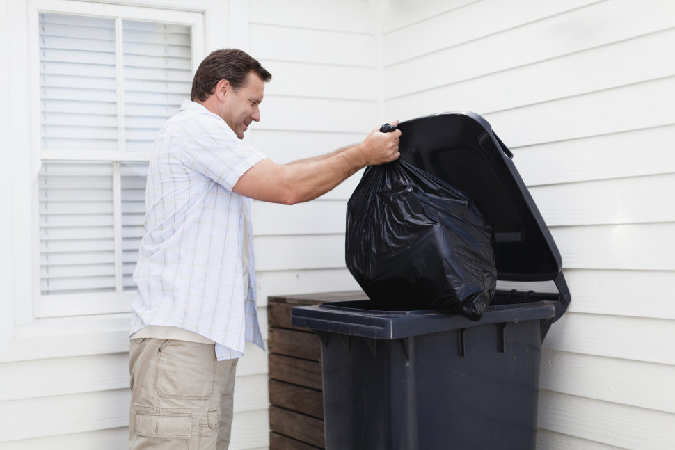 man taking out the trash romantic chores ideas