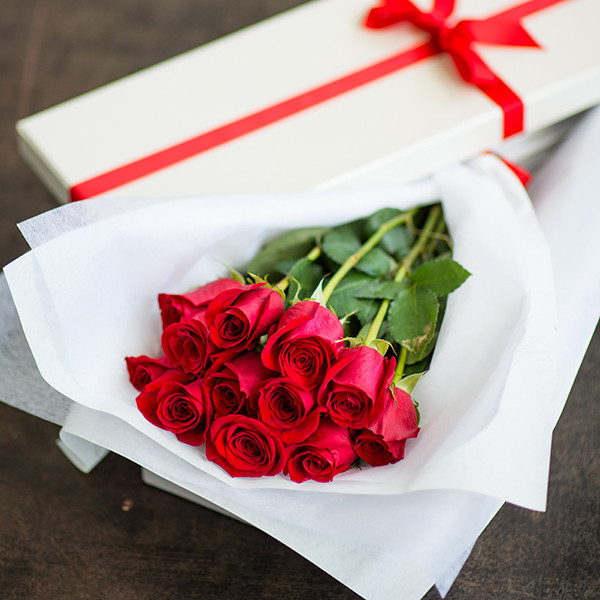 red roses cookie gift ideas