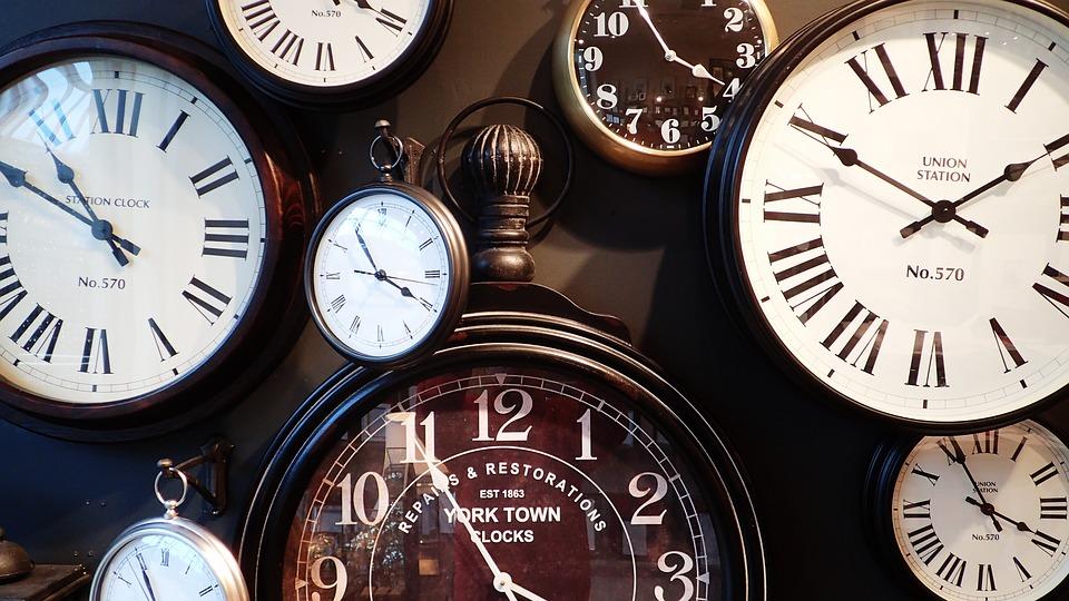 romantic clock ideas gifts under 20 dollars