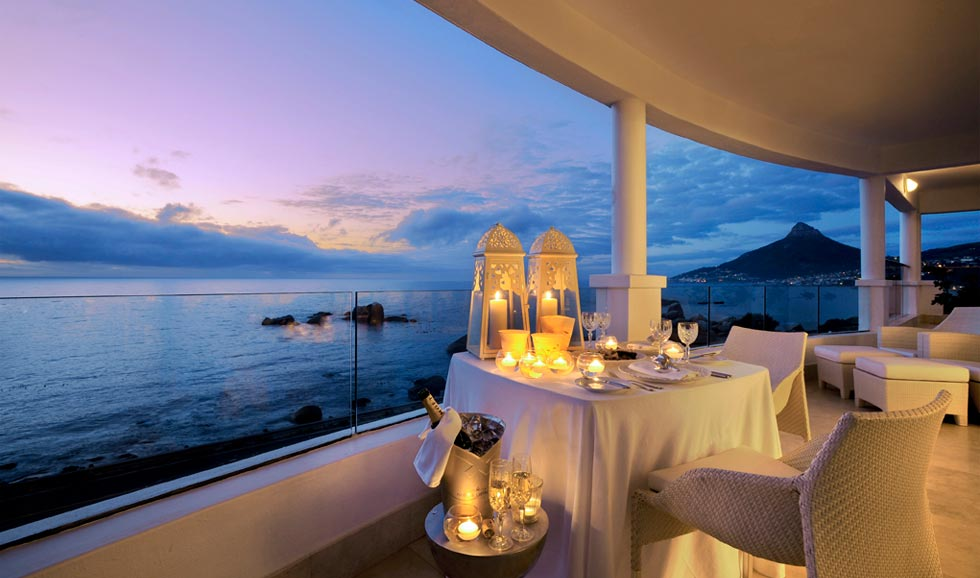 romantic couple at home dinner date balcony ideas