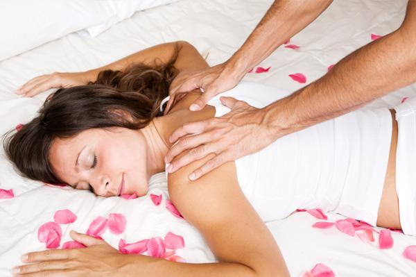 romantic couple massage spa day ideas