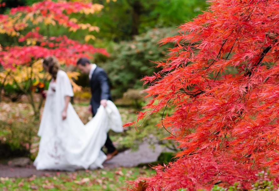 romantic-dating-couple-wedding-songs-ideas-music-karaoke-talent-show-married-couple-in-garden
