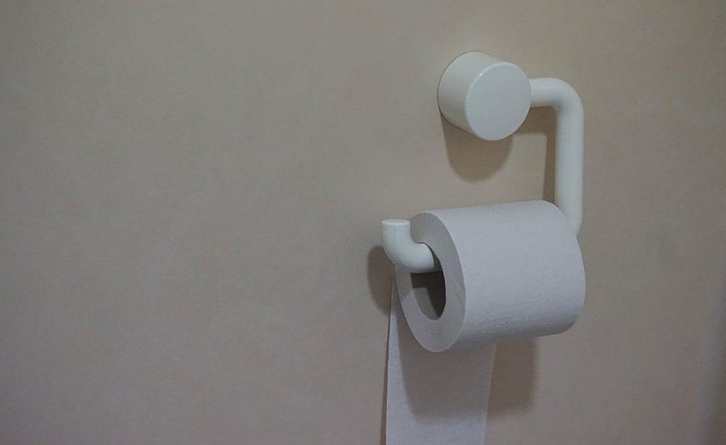romantic-dating-ideas-toilet-paper