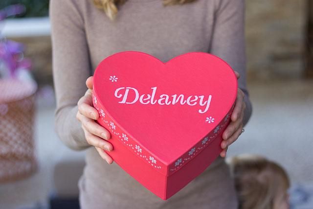 romantic heart box make up ideas