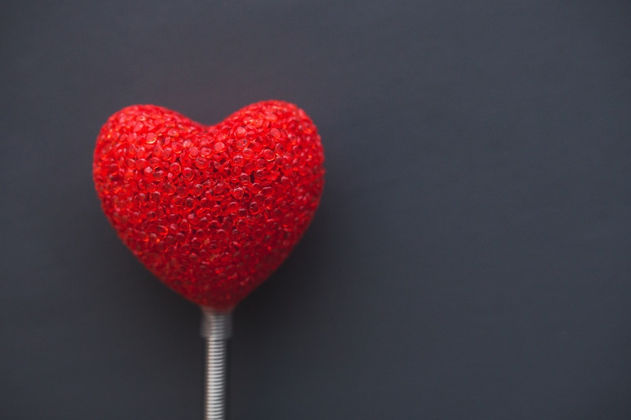 romantic-heart-on-dark-background-romantic-rituals