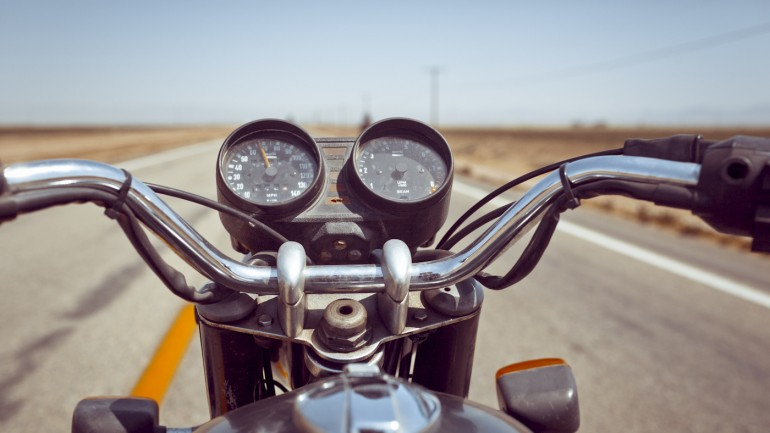 romantic motorcylce ride 648 kisses