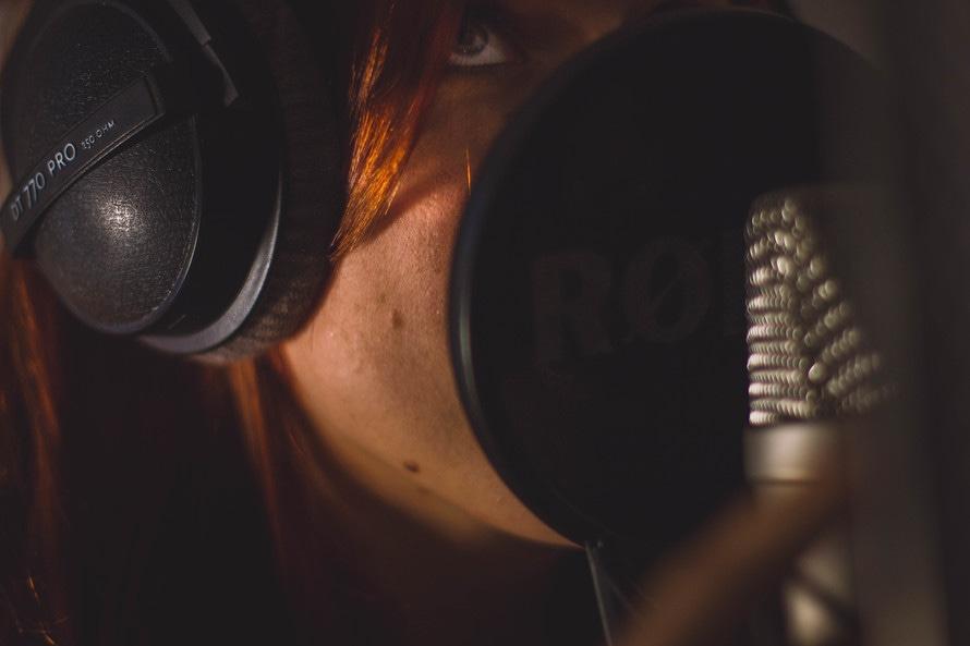 romantic-official-recording-studio-cd-gift