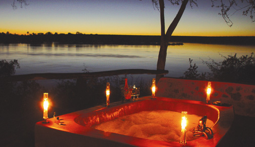 romantic-outdoor-bubble-bath-ideas