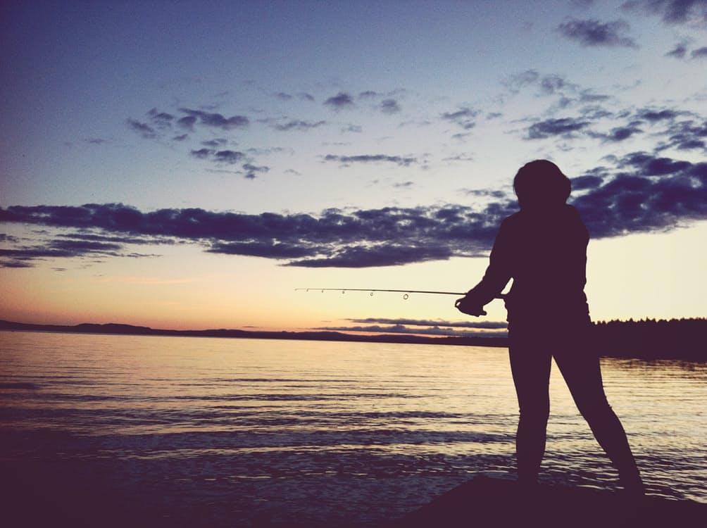 romantic-woman-fishing-in-lake-dating-ideas