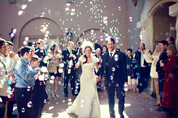 wedding bubbles planning your wedding romantic ideas