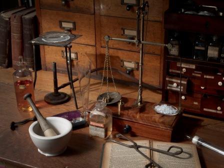 Sherlock -forensic scientist MOL-compressed