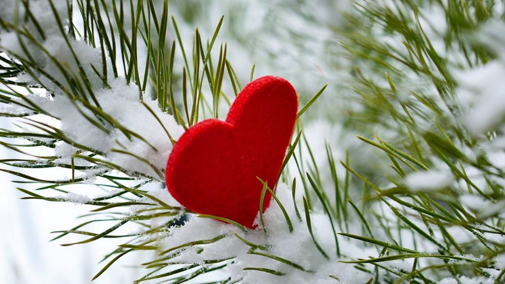 romantic-red-heart-in-the-snow-valentines-day-special-surprise