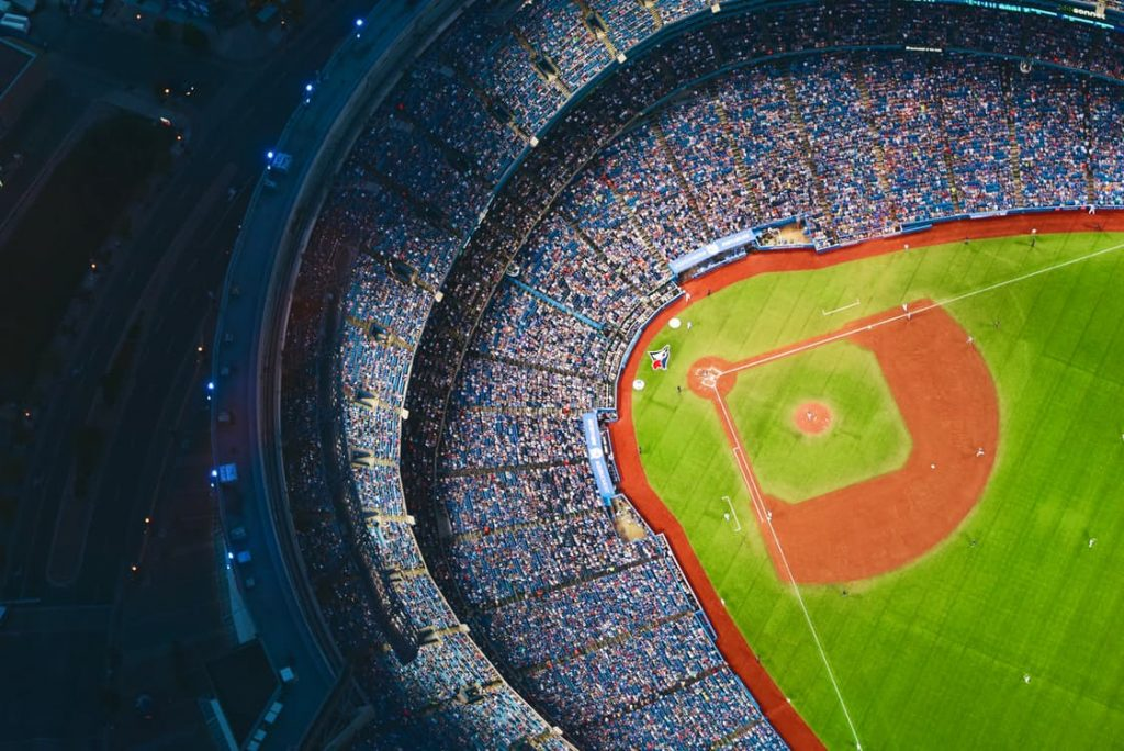 romatnci-baseball-stadium-from-the-ski-epic-picture-dating-ideas