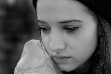 valentine disaster crying girl finger
